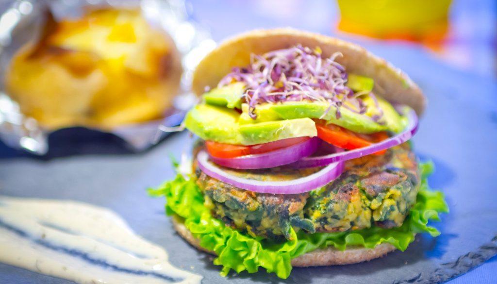 Hamburguesa vegetal con paté de tofu